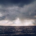 Solen bryter igenom molnen - reaktionista.se